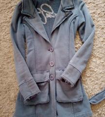 Duks jaknca duza odlicna  kajs, kapuljaca M