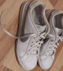 Nike Patike br. 41