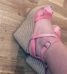 Guess original sandale udobne