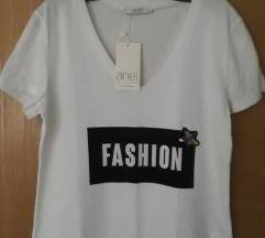 Sa etiketom NOVA ANEL FASHION  bela majica