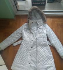 Zadnja cena nova GUESS perjana jakna original