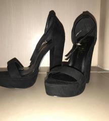 Crne sandale na debelu štiklu, dužina gazišta 24cm
