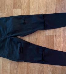 Tanke iscepane pantalone
