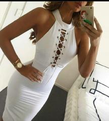 Prelepa bela haljina