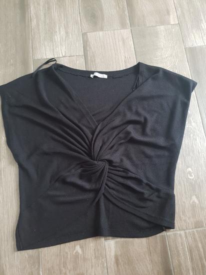 Zara majica sa cvorom