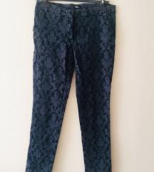 Kapri pantalone sa radom__kao brokat