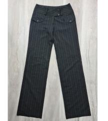 Elegantne pantalone na pruge vel.38