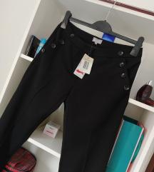 Nove Blue Motion crne pantalone sa etiketom