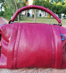 Crvena kozna torba ( novo )