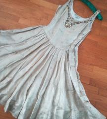 Izuzetna haljina