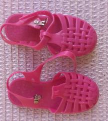 Gumene sandale za plazu br.25