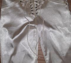 Zvonaste pantalone S Novo