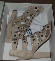 Nove orginal guess sandale