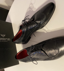 NOVE Muške kožne italijanske Lorenzi cipele br. 45