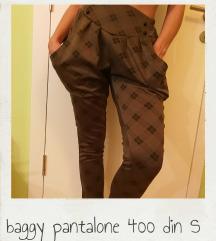Baggy pantalone S velicine