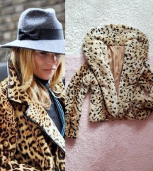 Luksuzna leo print bunda