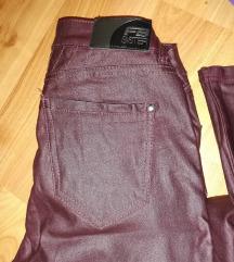 Bordo kožne pantalone