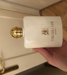 Snizen, TRUSSARDI DONNA, NOV parfem