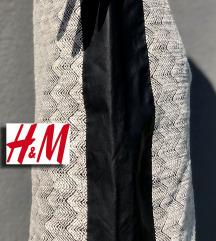 H&M DEBLJA ZIMSKA SUKNJA- ODLIČNA