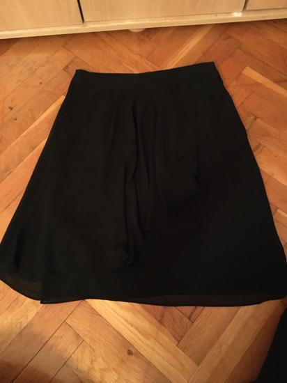 Crna H&M suknja