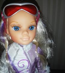 Famosa Nancy Moxie lutka