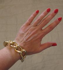 319. Masivna narukvica od zlatnih alki, moćna