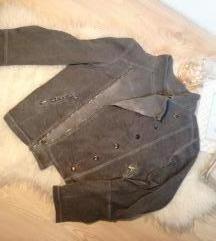 Siva duks jaknica