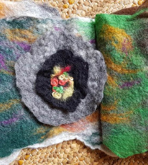 Šal od pustovane vune - ručni rad