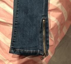 Capitto pantalone velicina 27