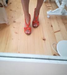 Sandale, koza