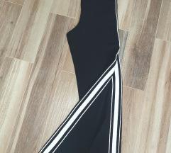 Crne pantalone 36