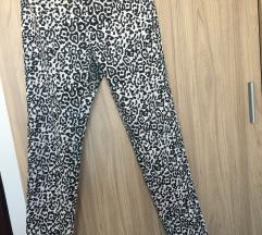 Nove calliope pantalone sa printom
