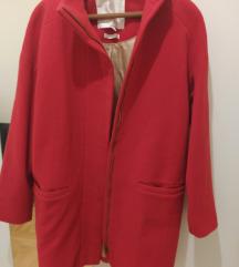 Crveni kaput vuna