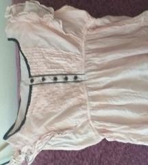 Romanticna puder roze majica