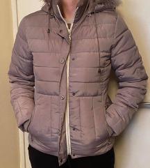 zimska postavljena  bež jakna