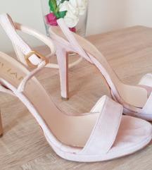 Puder roze antilop sandale