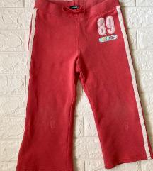 GAP pantalone 128 (8 god) iz Amerike