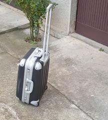 kofer crni pvc