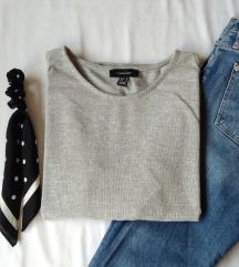 Džemper sa golim ramenima