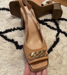 NOVE KOZNE sandale 39 Avangardija