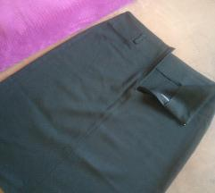 Poslovna crna suknja