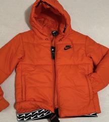 Nike original jakna sa etiketom‼️9999‼️