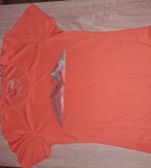 McKinley majica sa etiketom