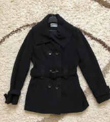 Crni kratki kaput