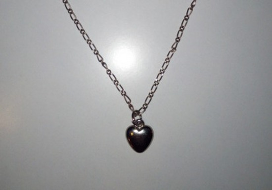300 din srce ogrlica