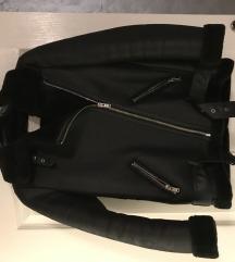 Zara topla jakna