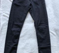 TALLY WEIJL crne pantalone M-S