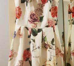 Bela cvetna haljina