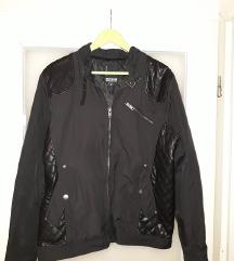 Crna muska tanja jakna