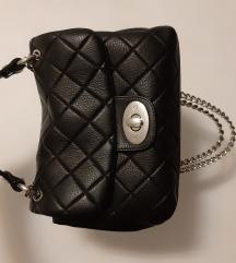 TRAŽIM ako imate ovaj model Mona torbice raz.boje
